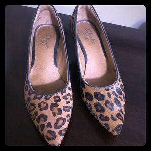 Mid heel leopard print size 5